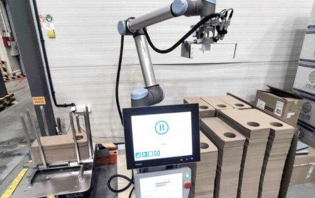 Stacja do depaletyzacji z robotem współpracującym Universal Robots i systemem wizyjnym