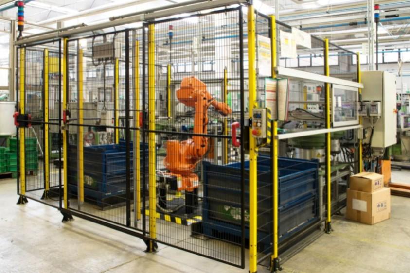 paletyzacja robotem przemysłowym